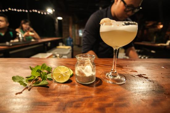 bittersweet-bistro-cocktail-food-and-music-1